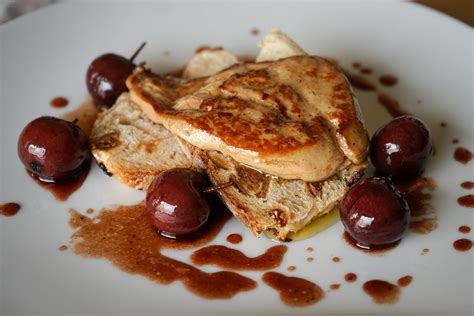 cuisiner le foie gras frais vidéo foie gras poêlé aux cerises