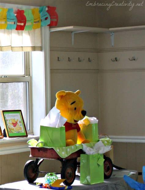 Winnie The Pooh Decoration Ideas - winnie the pooh baby shower disneyside embracing creativity