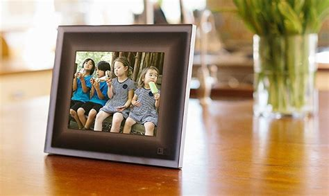 wifi connected smart digital photo frames