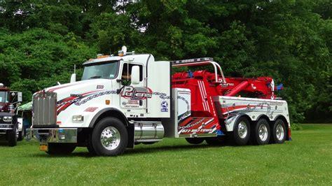 heavy duty tow trucks pullens auto truck center youtube