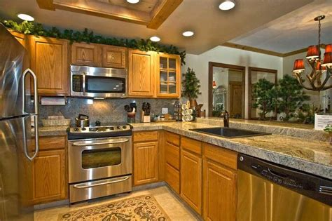pictures of kitchen cabinet kitchen photos with oak cabinets 4206