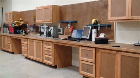 Shop Vanities by How To Build Shop Cabinets Plans Diy Free Plans