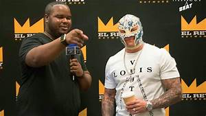Rey Mysterio Interview | C2E2 2017 - YouTube