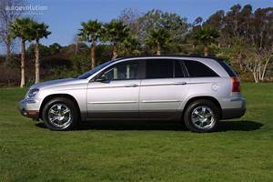 Chrysler Pacifica Specs  U0026 Photos - 2003  2004  2005  2006