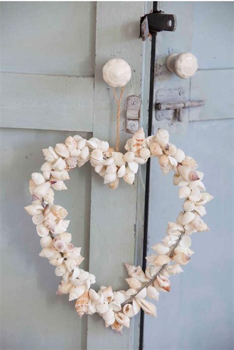corazon hecho  conchas de mar pomos  armario de
