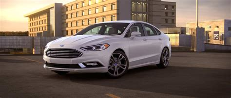 2018 Ford® Fusion Sedan  Photos, Videos, Colors & 360
