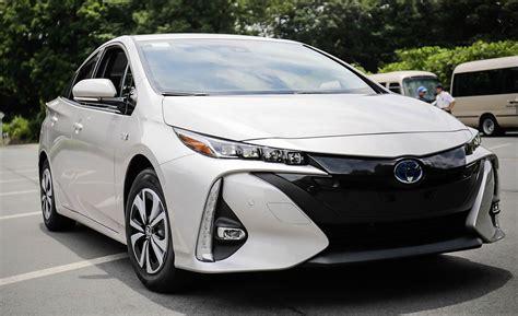toyota prius prime plug  hybrid drive review