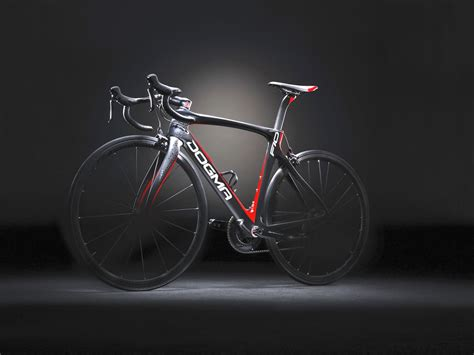 Pinarello Dogma F10 is Stiffer, Faster and Lighter ...