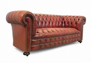 Canapé Chesterfield Cuir : canap chesterfield en cuir rouge 1980s en vente sur pamono ~ Teatrodelosmanantiales.com Idées de Décoration