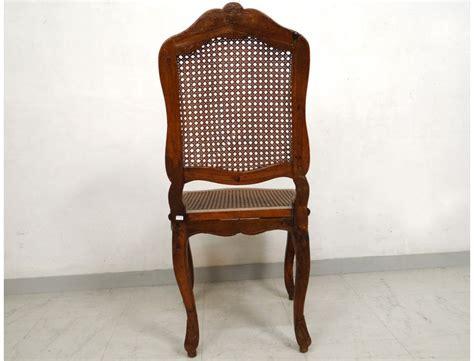 chaise noyer chaise louis xv cannée noyer sculpté fleurs antique