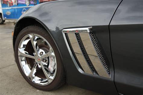 corvette grand sport   front fender trim plates
