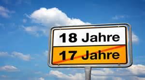 geburtstagssprüche zum 18 geburtstag 18 geburtstag jeder sehnt sich diesen einen tag herbei den 18