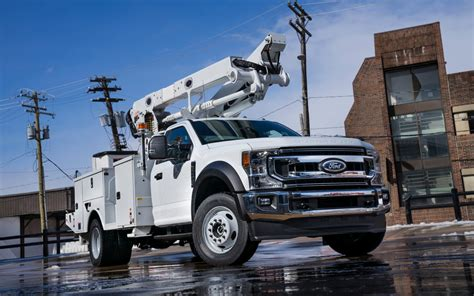 ford introduces   workhorse   super duty
