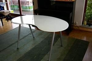Schreibtisch Glas Ikea : schreibtisch galant glas in neuenb rg ikea m bel kaufen und verkaufen ber private kleinanzeigen ~ Frokenaadalensverden.com Haus und Dekorationen
