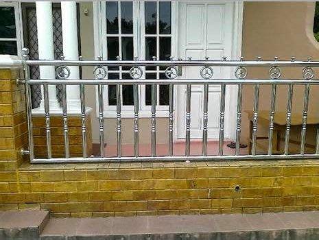 gambar gambar desain pagar rumah minimalis besi