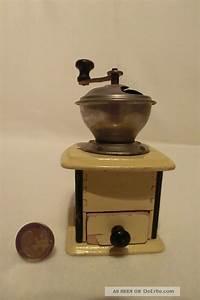 Holz Und Blech : 31 alte kaffeem hle f r puppenk che puppenstube holz und blech um 1920 ~ Frokenaadalensverden.com Haus und Dekorationen