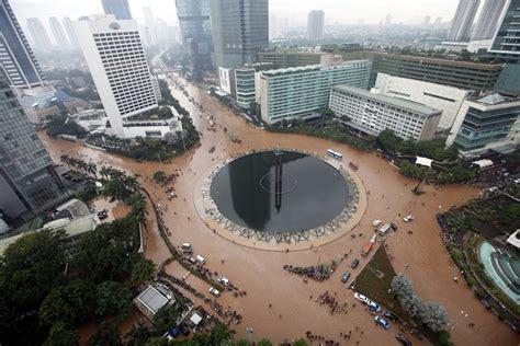 indonesias urban studies jakarta annual flooding
