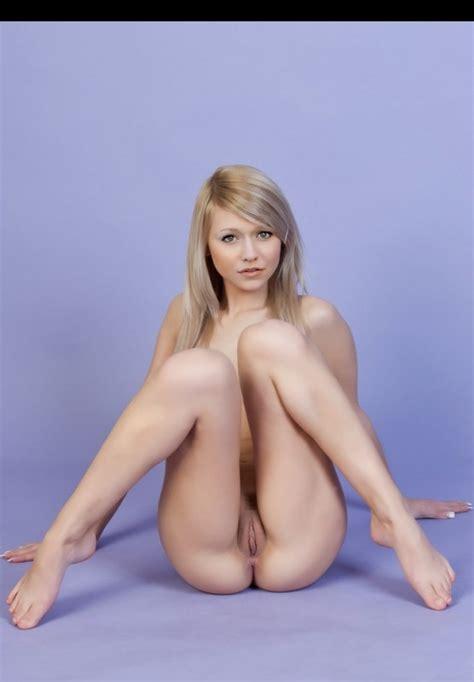 Johanna braddy naked