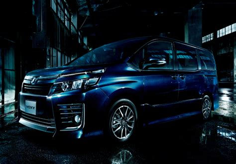 Voxy Wallpaper by Toyota Voxy Zs 2014 Wallpapers