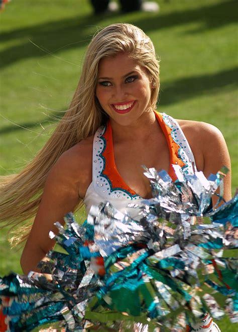miami dolphins cheerleaders ultimate cheerleaders