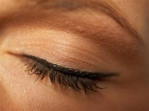 makeup girl tips    turned eye ardmore