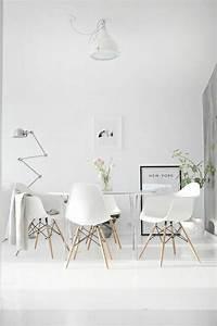 Stühle Im Eames Stil : skandinavische m bel schaffen sie ein charmentes ambiente esszimmer pinterest m bel ~ Indierocktalk.com Haus und Dekorationen