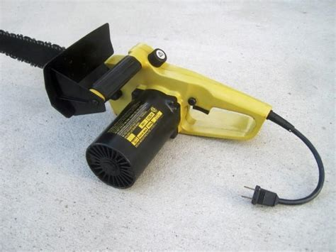 Electric Chainsaw ~ Remington 14 inch North West, Calgary