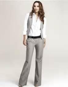 tailleur femme chic mariage les 25 meilleures idées de la catégorie tailleur pantalon femme mariage sur tailleur