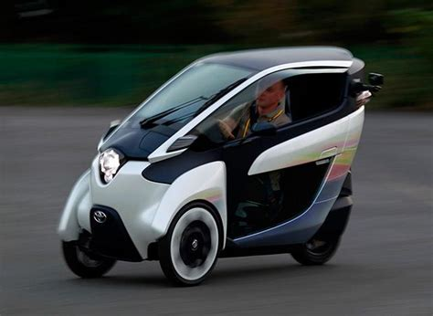 Toyota Introduces Two-seater I-road