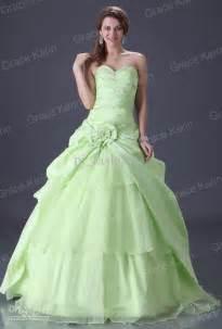 gold wedding bands for him light green wedding dress