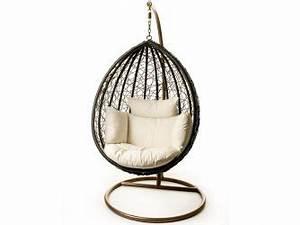 Chaise Suspendue Interieur : chaise suspendue patio ogni pour exterieur ou interieur ogni maison pinterest furniture ~ Teatrodelosmanantiales.com Idées de Décoration