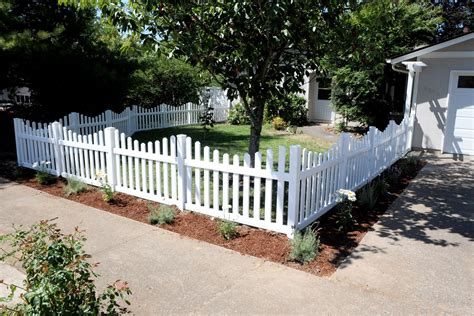 fences for yards picket fence white picket fencing fences