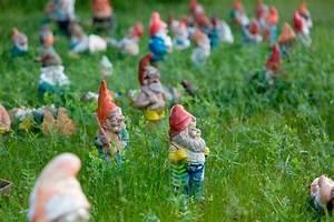 Garden Feelings Wer Steckt Dahinter : gartenzwerge rote m tzen viel dahinter zwerge gnome ~ Watch28wear.com Haus und Dekorationen