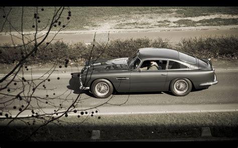Aston Martin Db5 Wallpaper 007 by Aston Martin Db5 Classic Bond 007 Roads