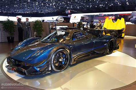 pagani zonda revolucion   fitting swan song