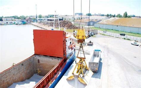 chambre de commerce rochefort port de rochefort 17 une nouvelle grue inaugurée jeudi