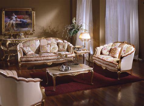 Antique Italian Classic Furniture September 2019