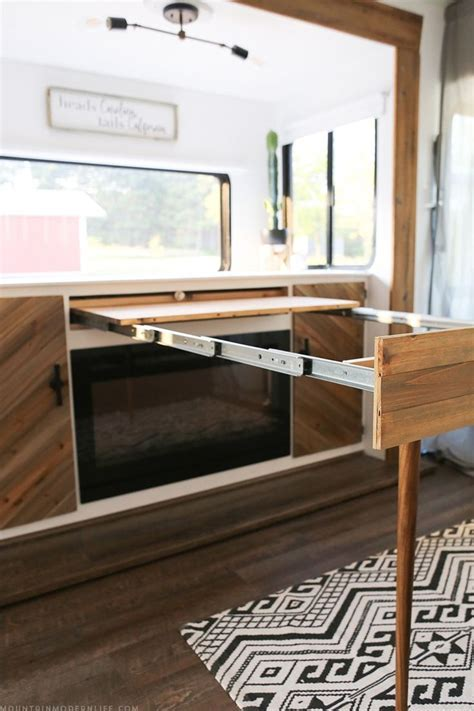 Best 25  Rv table ideas ideas on Pinterest   Rv campers