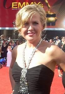 Ashley Jensen Net Worth - Celebrity Sizes