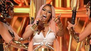 Nicki Minaj Performs Remy Ma Diss Track At 2017 NBA Awards ...
