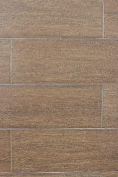 Holz Auf Fliesen Fußbodenheizung by Holzfliesen Auf Der Terrasse Verlegen 187 Die Vorteile