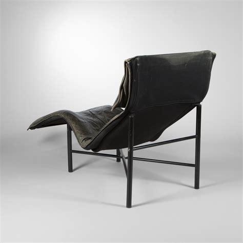 chaise longue en bois tord bjorklund ikea editor chaise longue circa 1970