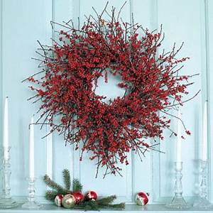 Holiday Decorating with Materials from your Garden