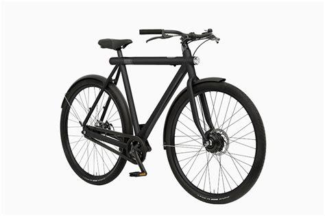 vanmoof e bike vanmoof electrified s e bike features a 75 mile range and smartphone integration american luxury
