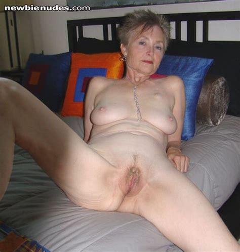 984143800 In Gallery Mature Granny Oma 2 Picture 1
