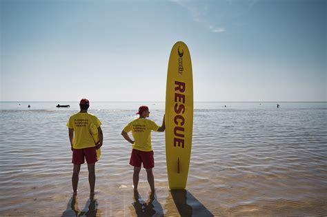 Noslēgsies šīs vasaras sezona Liepājas pludmalē ...
