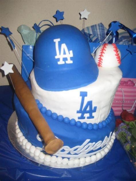dodger cakes images  pinterest dodgers party