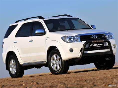 Toyota Fortuner Wallpaper by Toyota Fortuner Epic 2009 Wallpapers 1024x768
