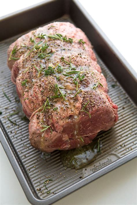 Here are three tasty sides we'd recommend serving with prime rib. How to Make a Perfect Prime Rib Roast - Everyday Cooking Everyday Cooking