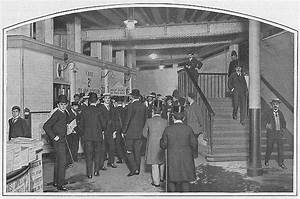 The London Underground  A History In Pictures